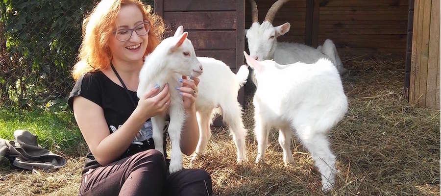 Emilia kocha zwierzęta, czuje się z nimi wspaniale, i tak jest od dziecka