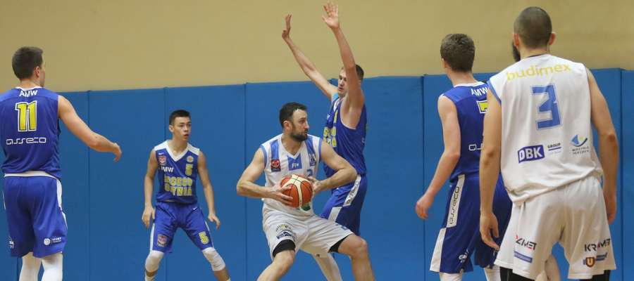 Walczący o utrzymanie Stomil czeka w sobotę arcyważny mecz w Goleniowie