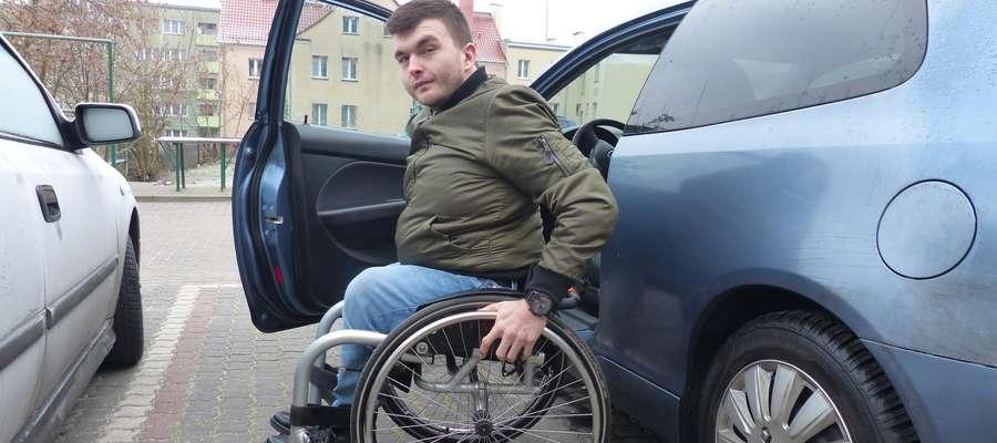 Mam poczucie, że w naszym państwie zbyt często nagradzamy niezaradność i bierność życiową — mówi Łukasz Rękawiecki