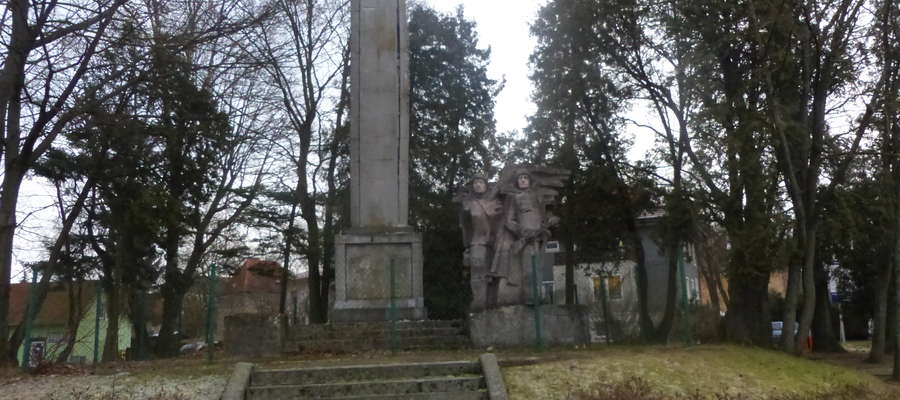 To jeden z pomników, które mają zostać poddane dekomunizacji