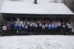 Ponad 50 biegaczy stanęło na starcie 13. Zimowego Biegu Sasinów