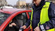 MANDAT PŁACONY KARTĄ W POLICYJNYM RADIOWOZIE? CHĘTNYCH NIEWIELU