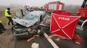 Dwie osoby nie żyją, a trzy trafiły do szpitala. Tragiczny wypadek na DK16 [ZDJĘCIA, VIDEO]
