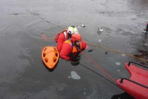 Strażackie podsumowanie: krok od tragedii na jeziorze Białe