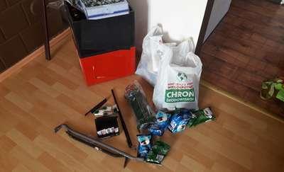 Włamali się do sklepu, ukradli pieniądze, piwo i butle gazowe