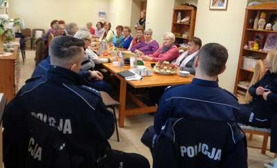 """Olecko: Dzielnicowy – policjant """"pierwszego kontaktu"""""""