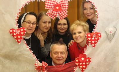 Walentynkowo-karnawałowy bal mieszkańców domów pomocy społecznej
