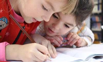 """""""Dzieci wiedzą, co piszą!"""" — dyktando w Planecie 11"""