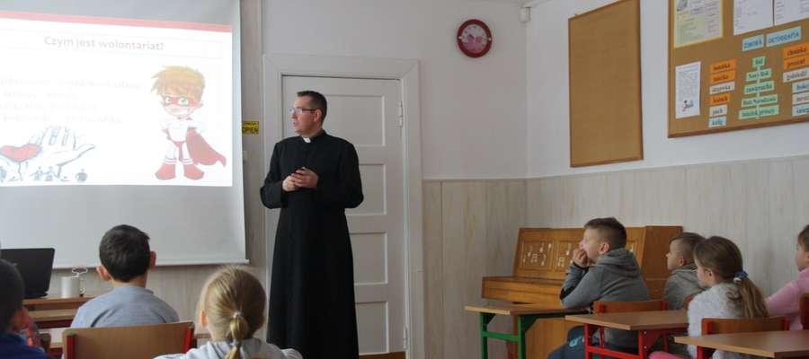 Szkolenie wolontariuszy w SP w Stożnem
