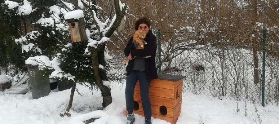 Tamara Tomasik od 2 lat opiekuje się wolno bytujacymi kotami