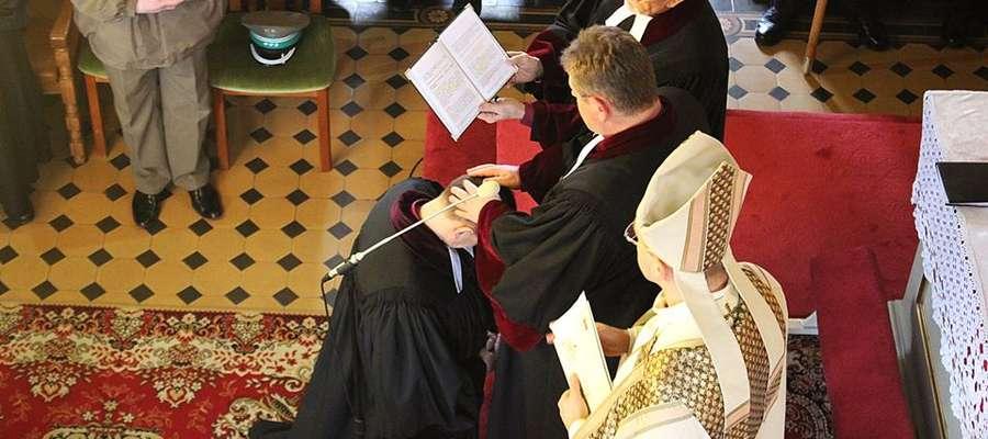 Nowy biskup stawia na młodzież