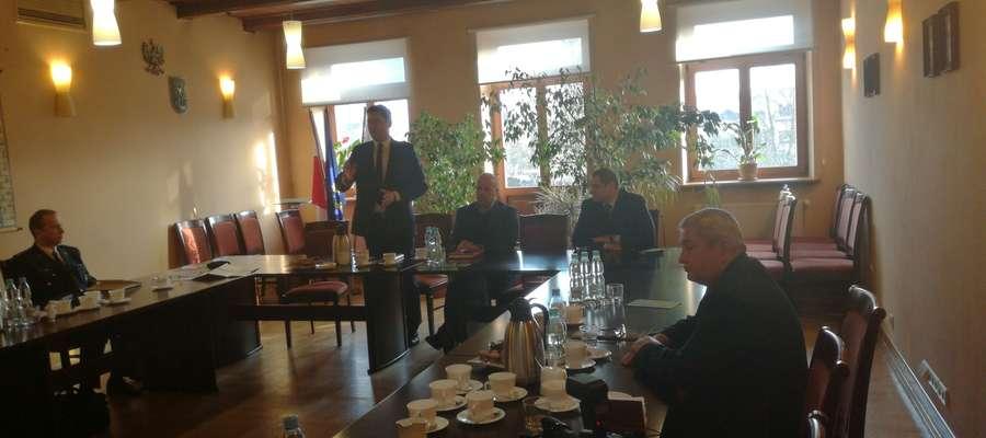 Fot. — Starosta Lidzbarski Jan Harhaj uczestniczący w posiedzeniu Rady Przedstawicieli Samorządów Współpracujących z Białorusią