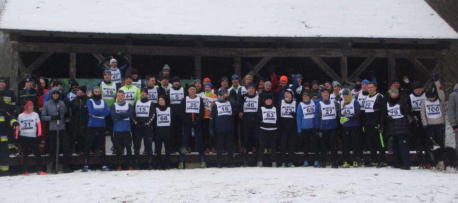 Nie na nartach, ale wystartowali w 13. Zimowym Biegu Sasinów [zdjęcia]