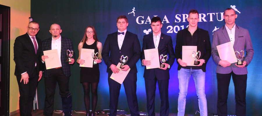 Wójt Dereszewski nagrodził najlepszych zawodników i trenerów