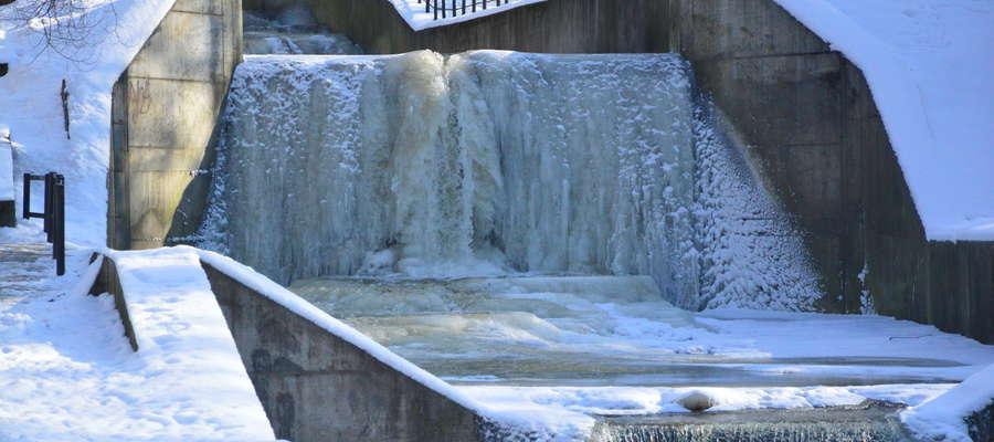 Wodospad w Parku Dolinka
