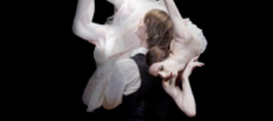 """Balet """"Dama kameliowa"""" przedstawia  niespełnioną miłość."""