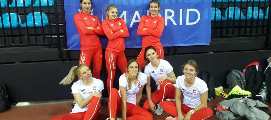 Węgorzewianka Klaudia Nazarowicz (od góry, w środku) reprezentowała Polskę w kategorii juniorek podczas meczu w wielobojach lekkoatletycznych w Madrycie