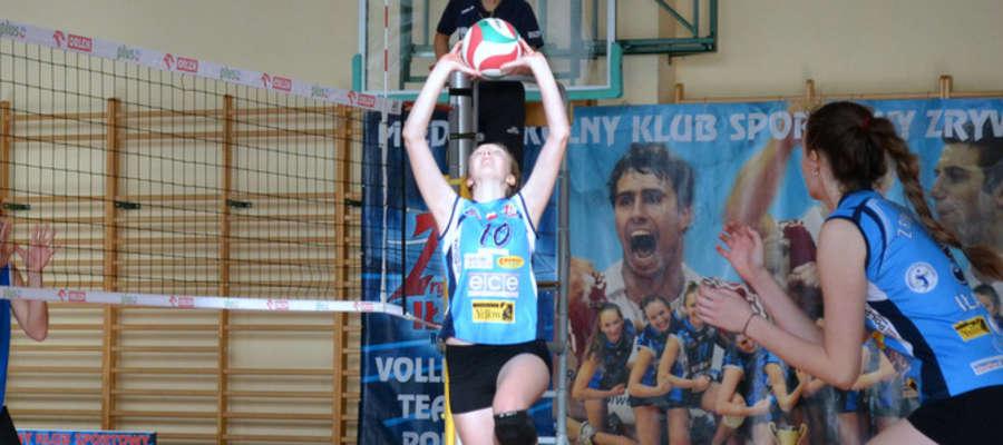 Aktualnie w naszym plebiscycie prowadzi Wiktoria Stępień, siatkarka iławskiego Zrywu-Volley