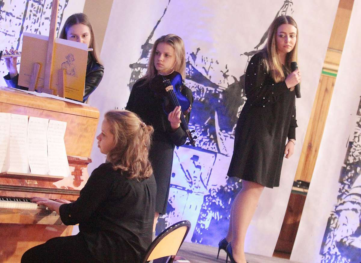 IX Koncert Charytatywny  LO3  Olsztyn - IX  koncert charytatywny, wspieramy stypendium im. Marcina Antonowicza