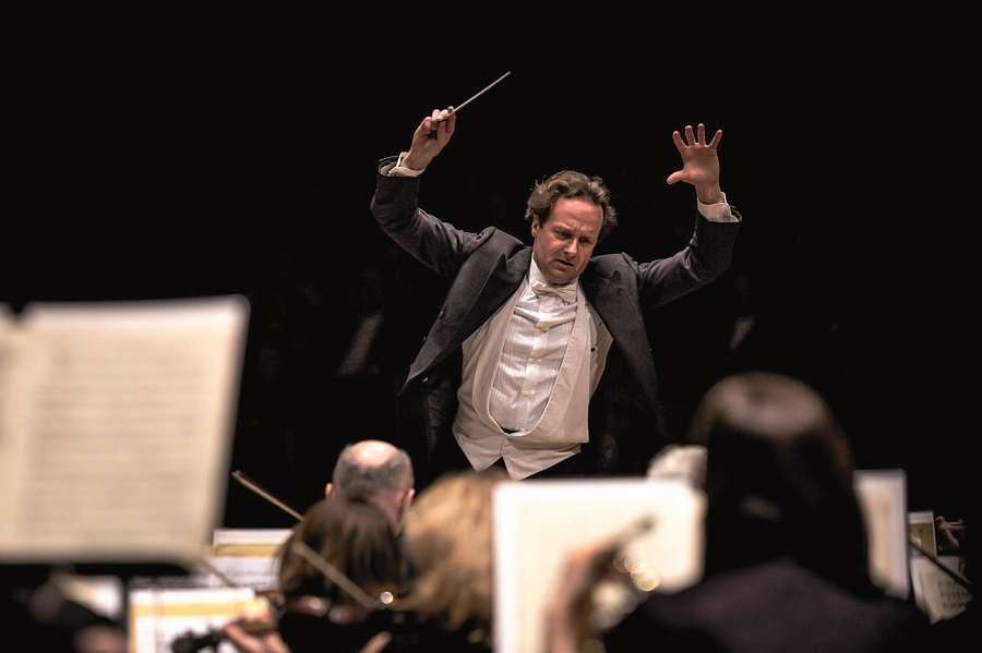 Koncert symfoniczny w Olsztynie - full image