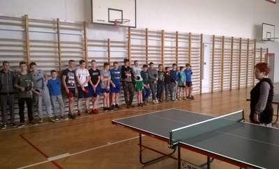 KOZŁOWO\\\ Wiemy kto zagra w turnieju rejonowym w tenisa młodzieży szkolnej LZS