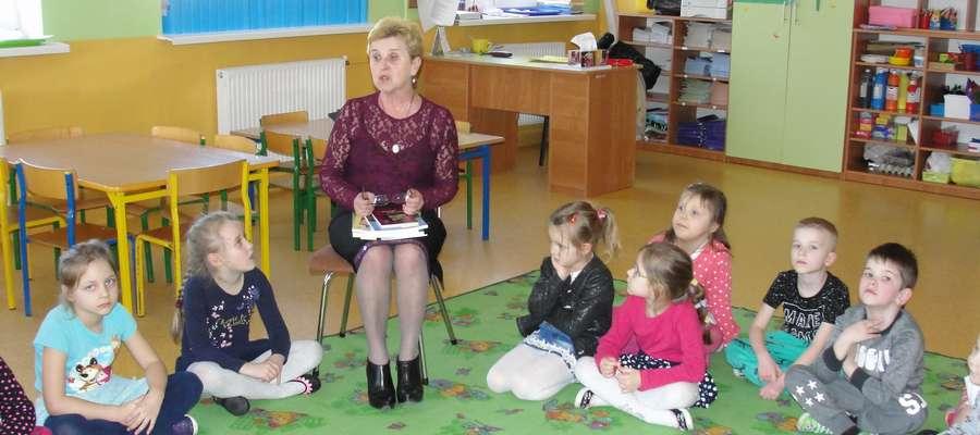Opowiadania i wierszyki przedszkolakom czytała Elżbieta Karlsson