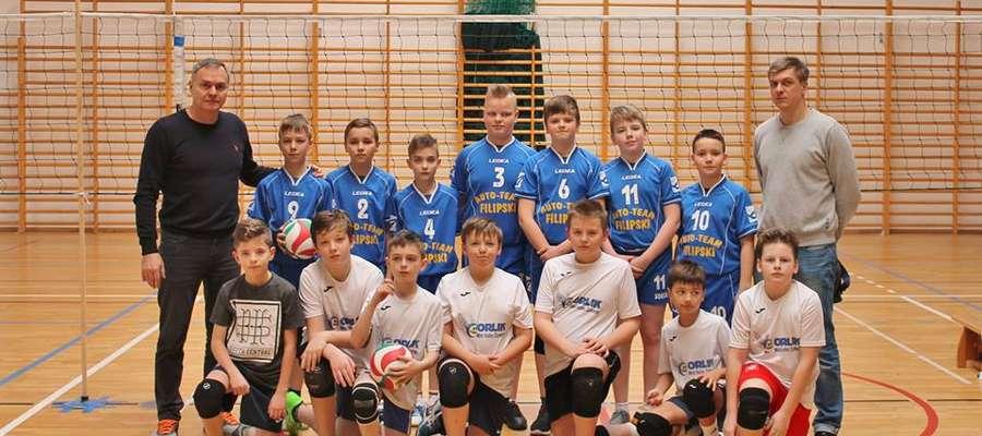 Pierwszy zespół w kategorii trójek podczas turnieju w Błoniu wygrał wszystkie swoje spotkania.