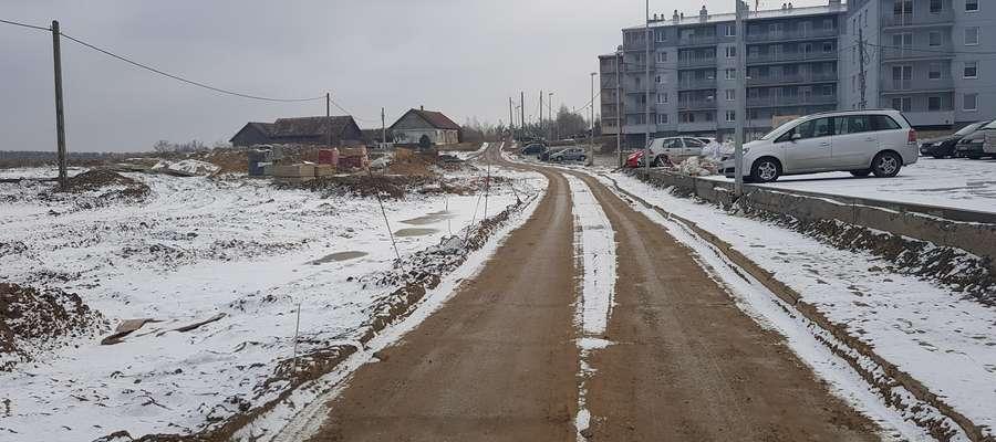 Ul. Jakubowa czeka na nową drogę.