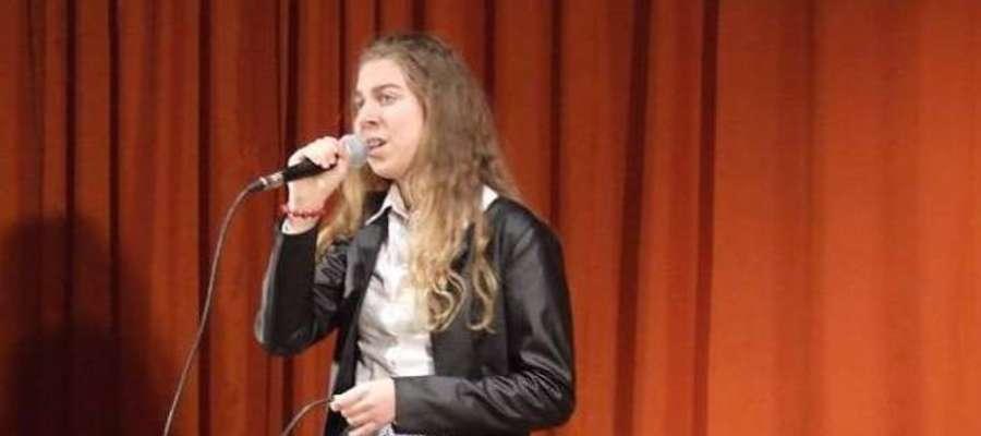 Powiat toruński w kategorii 14-16 lat na wojewódzkim przeglądzie reprezentować będzie Laura Truszczyńska