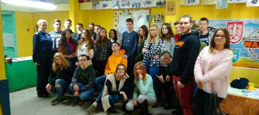 Fot.—W spotkaniu uczestniczyli uczniowie klasy mundurowej Zespołu Szkół Zawodowych w Lidzbarku Warmińskim.