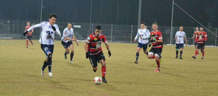 Sokół przerwał passę sześciu kolejnych meczów bez porażki, a Kaczkan Huragan wygrał piąty z kolei ligowy mecz z ostródzianami