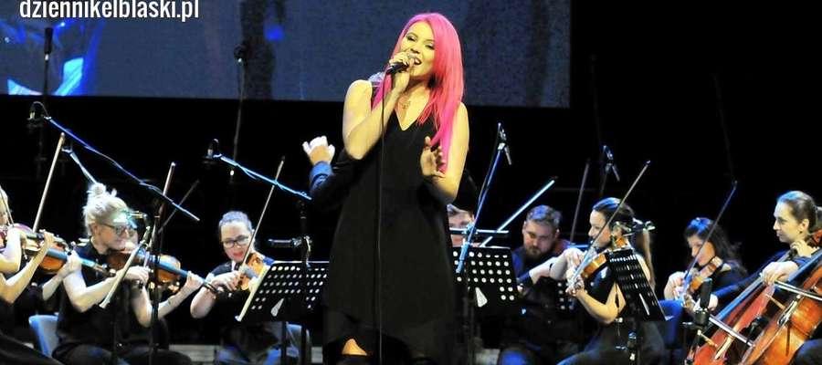 Marta Gałuszewska podczas koncertu noworocznego w Elblągu w styczniu 2018 roku