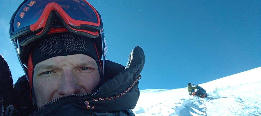 Michał Paszkowski, strażak z Olsztyna, który wraz z kolegami zdobył Elbrus