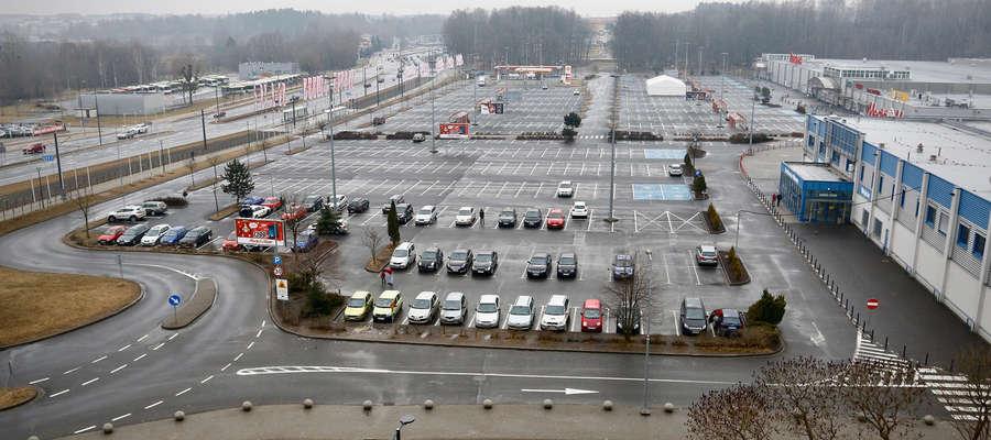 """Kolejna niedziela bez handlu i kolejne zgłoszenia o przypadkach łamania zakazu. """"Otrzymaliśmy 15 zgłoszeń, głównie w Olsztynie"""""""