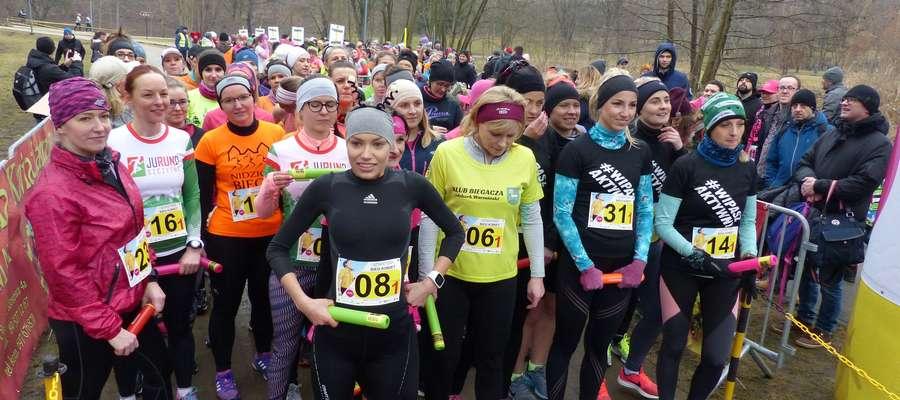 Pszczółkowski Team- Aniołki Pawełka zwyciężyły Sztafetowy Bieg Kobiet