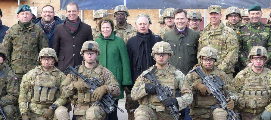Wizyta Zastępcy Sekretarza Generalnego NATO w Bemowie Piskim