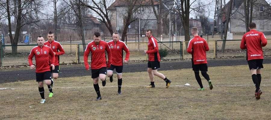 Piłkarze Płomienia Turznica wiosnę zaczęli od wysokiej porażki w Iłowie