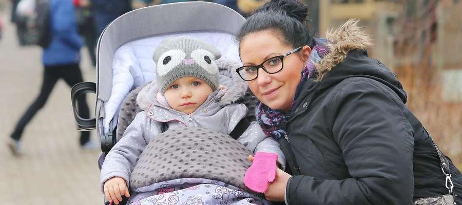 Fot. —Marta Kolwicz (na zdjęciu z córką Hanią): Każda kobieta, która chce być matką, powinna przechodzić testy psychologiczne