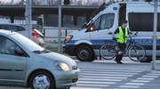 Nie zatrzymała się przed przejściem i uderzyła w rowerzystkę. Kolejna kolizja na al. Sikorskiego