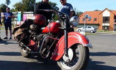 Miłośnicy zabytkowych motocykli zjadą się do Mrągowa po raz drugi