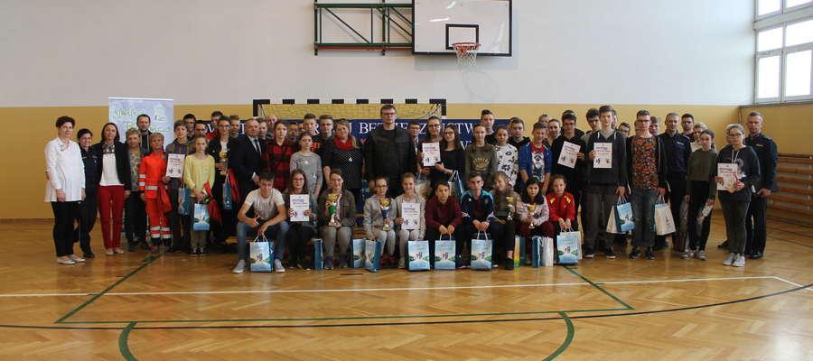 Uczestnicy eliminacji powiatowych Ogólnopolskiego Turnieju Bezpieczeństwa w Ruchu Drogowym