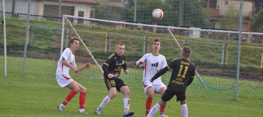 Podopieczni Wojciecha Błaszkiewicza przegrali 0:2.
