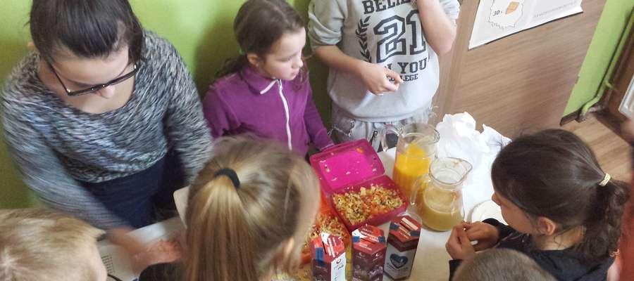 Zdrowy piątek w Szkole Podstawowej w Idzbaku