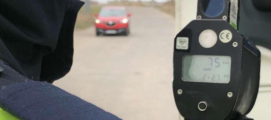 Podczas kontroli policjanci zwracali szczególną uwagę na prędkość pojazdów.