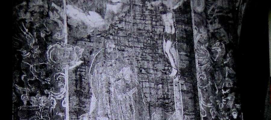 Fragment chorągwi. Zdjęcie pochodzi z operacji zdejmowania zabytku do konserwacji