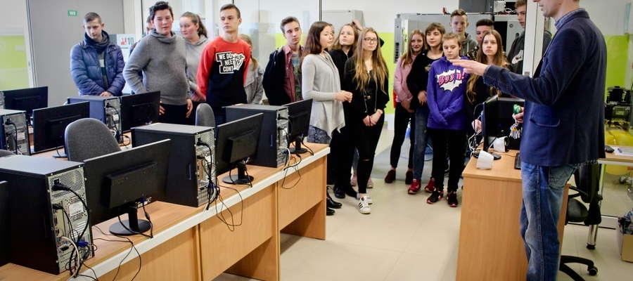 Podczas Dni Otwartych ZSZ odwiedziło 193 gimnazjalistów