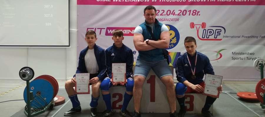 Młodzi zawodnicy Zamku z Trenerem w Kielcach