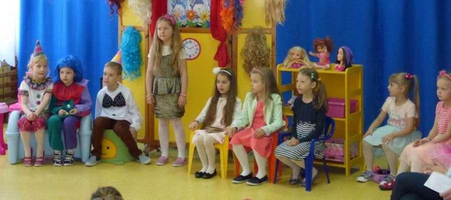 Wszyscy obejrzeli występ przedszkolaków