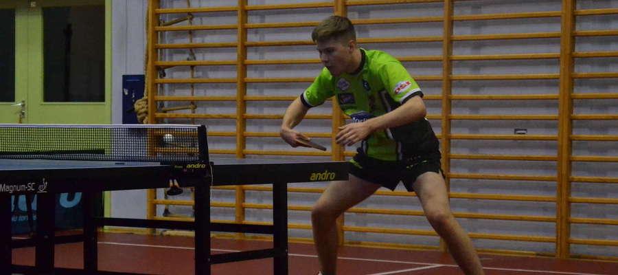 Kacper Petaś podczas turnieju juniorskiego w Belgii wywalczył brązowy medal w turnieju deblistów