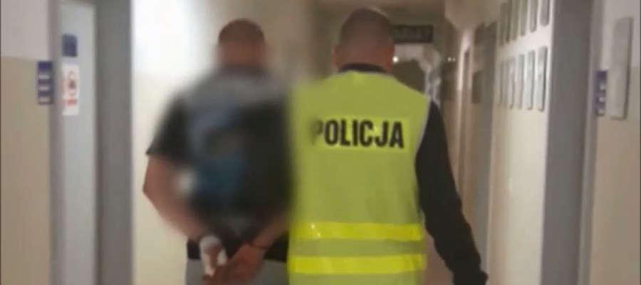 W ostatnich dniach kibol z Olsztyna często spotykał się z policjantami